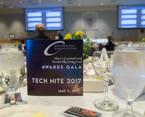 dinner is about to start at Tech Nite 2017